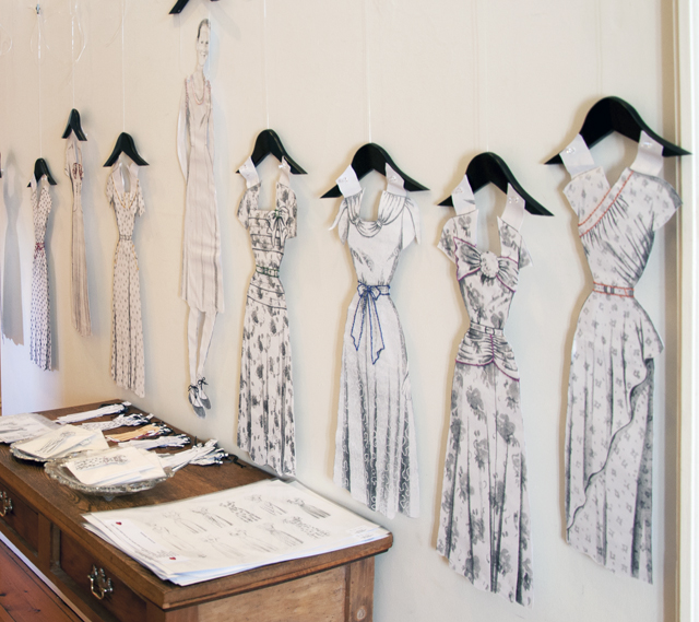 Ali Symonds - Dress Me x 9 - Paper, thread - NFS
